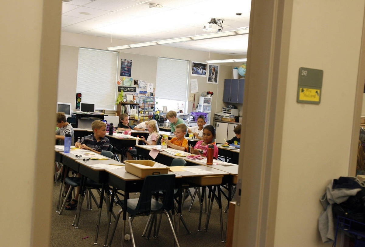 Classes Start At State's Few Remaining Year-Round Schools | Deseret News Year Round Calendar Jordan School District