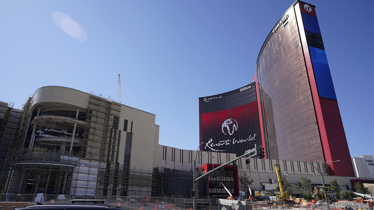 One Of Largest Casino Projects On Vegas Strip Sets Opening - Fox Business - Theaffiliatecash Vegas Calendar June 2021